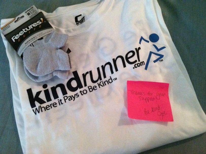 Kindrunner tech tee and Feetures socks